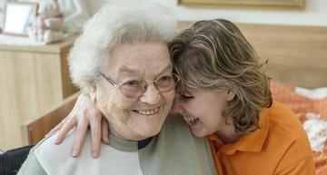 Symbolfoto Pflegehelfer