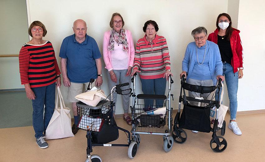 Die aktuelle Teilnehmergruppe der Studie im Neckarhaus mit Betreuern.